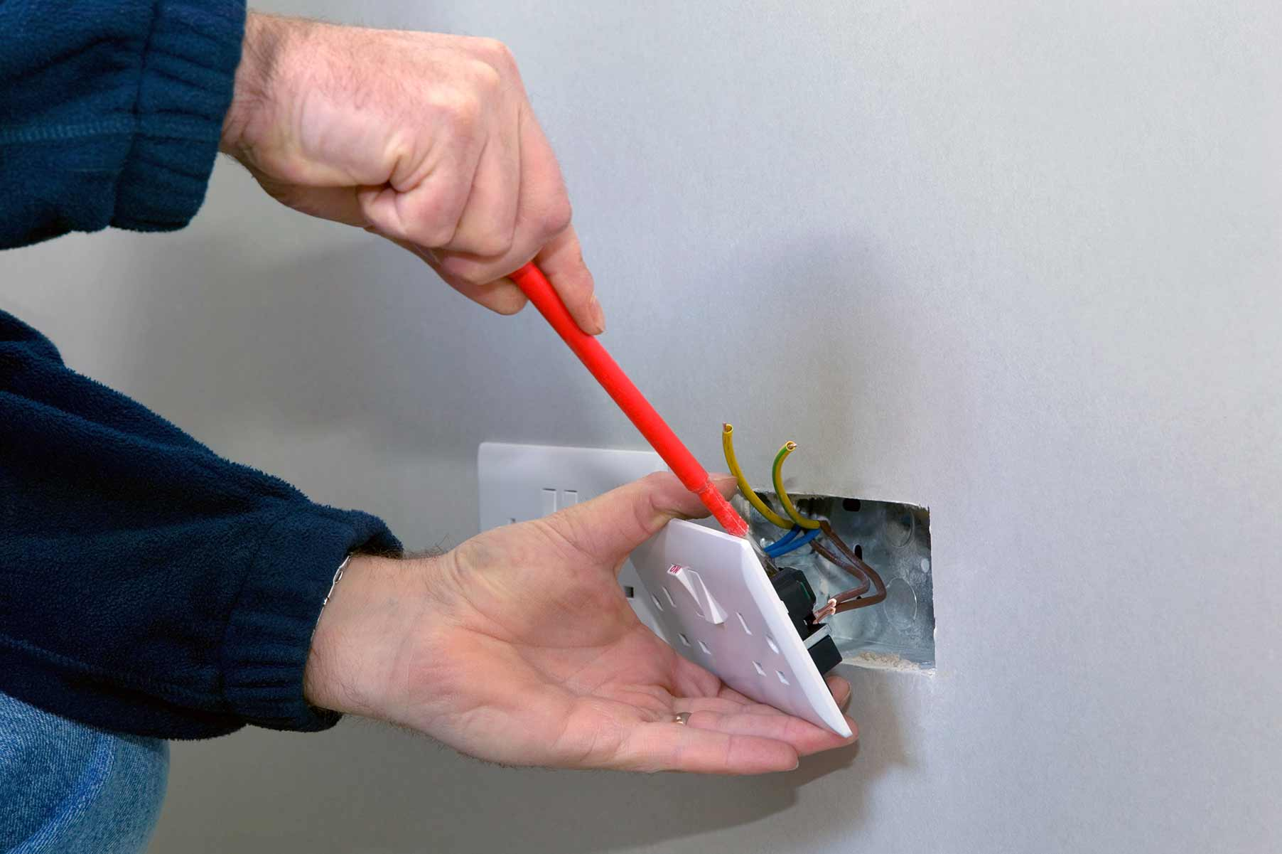 Our electricians can install plug sockets for domestic and commercial proeprties in Oxhey and the local area.